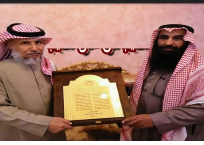 تكريم قبيلة بلي للشيخ جابر بن صالح المهيمزي